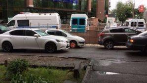 Крупное ограбление произошло в ЖК «Арай» в Алматы