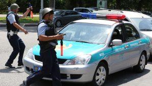 Работает ОМОН: улицы в Астане перекрыли из-за массовой драки