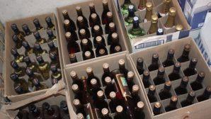 Цех по производству поддельного алкоголя выявили в Алматы