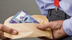 В Алматы сотрудник акимата осужден за взятку