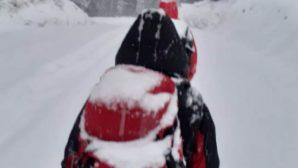 Алматинские спасатели вторые сутки ищут в горах пропавшую туристку