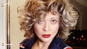 Отказавшаяся от макияжа Ольга Дроздова выглядит неузнаваемо