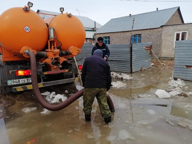В столице откачано более 200 тыс. куб. м. талых вод
