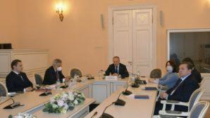 Вопросы развития российско-казахстанских отношений затронули на международном экспертном заседании